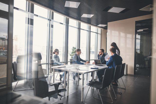 Satysfakcja z pracy ważniejsza od porządku i silnego przywództwa