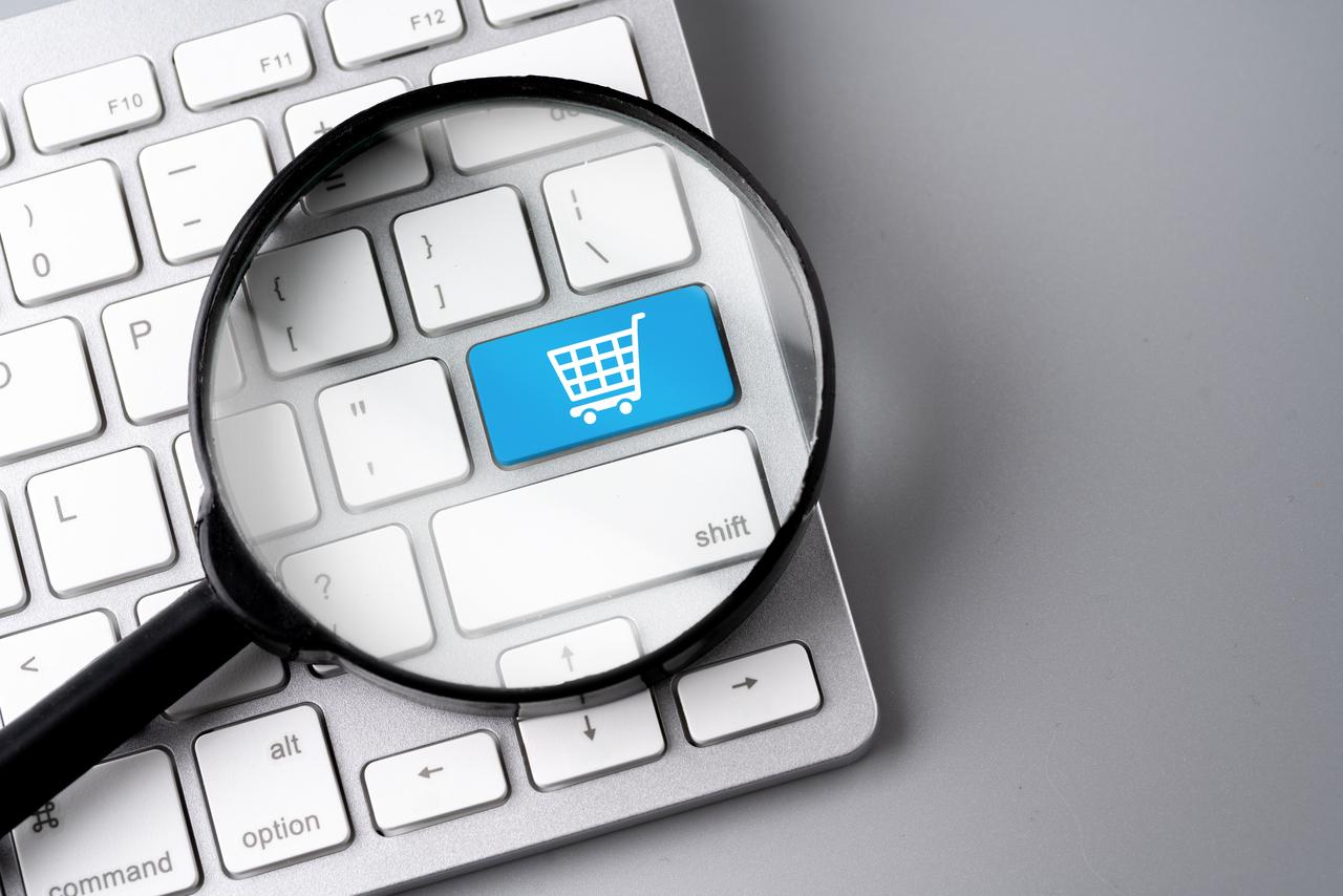 E-commerce kontra handel tradycyjny